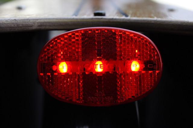 Bicikli hátsó lámpa