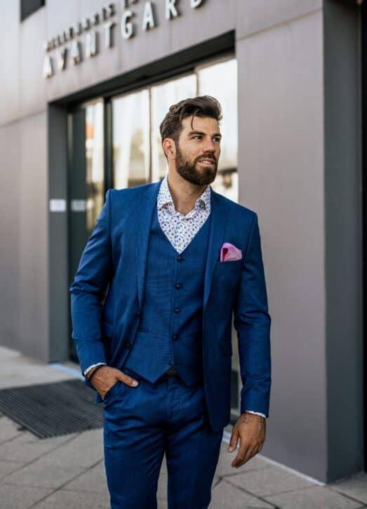 Elegáns férfi ruhák: webáruházaknál is érdemes keresni